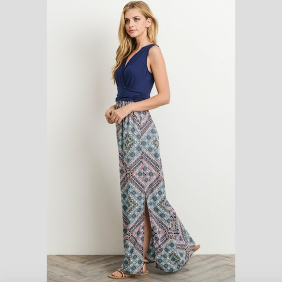 Gilli Dresses & Skirts - GILLI Twofer Maxi Dress Boho Printed Crossover Top